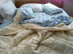 Best Way To Put On Bottom Fitted Sheet